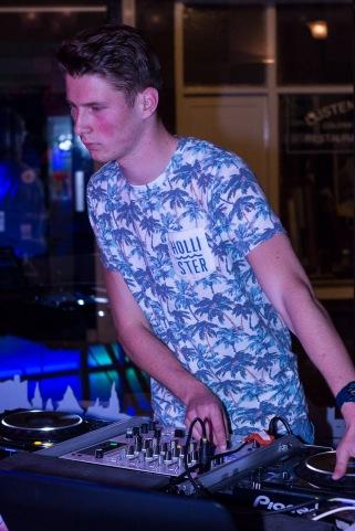 DJ Arlonso