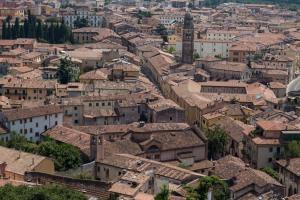 Uitzicht over de stad vanaf de stadsmuur