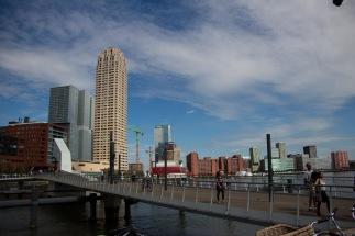 Rijnhavenbrug voor voetgangers
