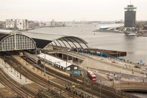 Centraal Station Amsterdam en het IJ