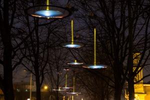 Light Droplets - Eva van der Moer