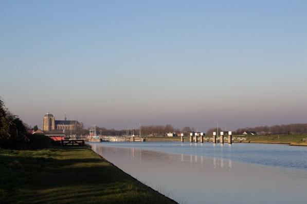 Het Jaagpad langs het kanaal