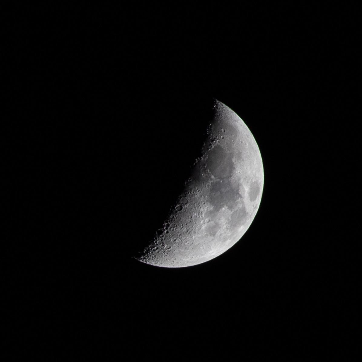 Nieuwe maan, dag 23 vanaf volle maan. 13-03-2019 Tijdstip: 20.02 uur Maanopkomst 10.12 Maanondergang 01.04 (Maan 23)