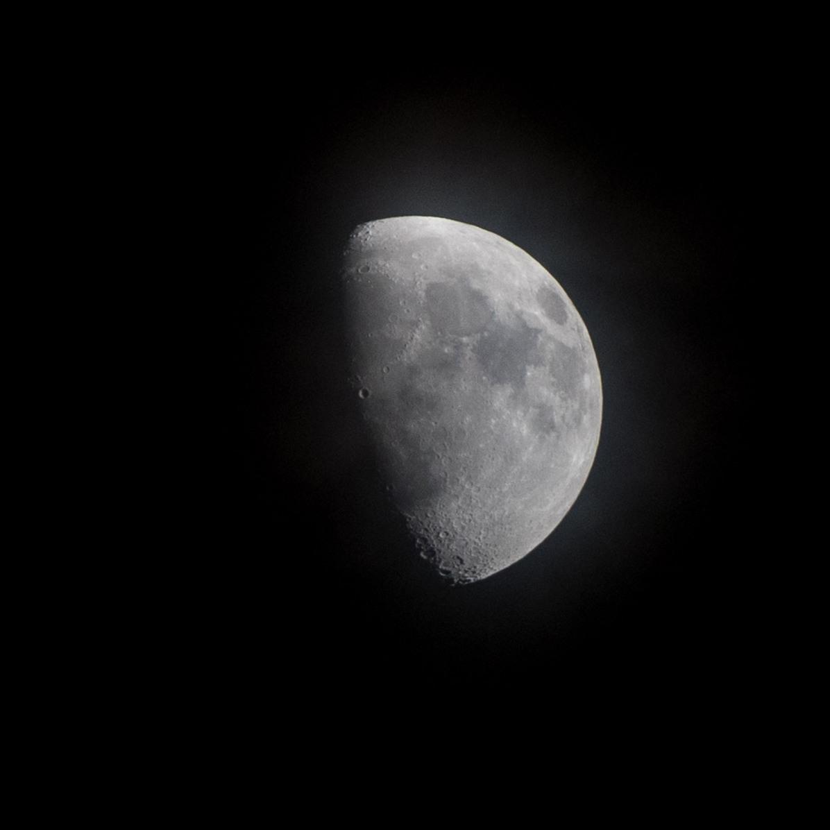 15-03-2019 Tijdstip 20.06 Maanopkomst 11.40 Maanondergang 03.21 (Maan 25) Muzieknummer van dag 25: Hijo de la Luna van Mecano, liefst te beluisteren tijdens een zwoele zomeravond met een 🍹 Heidi Blankenburgh en Liselotte Maes