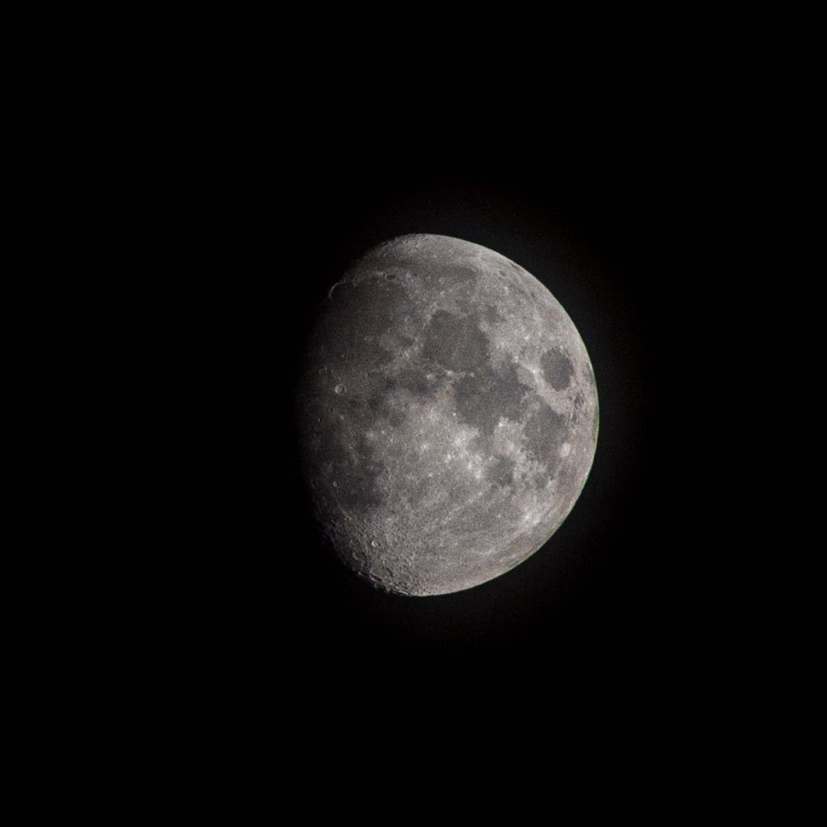 Dag 26 vanaf volle maan 9 september 2019. Tijdstip 21.24 opkomst: 18.29 ondergang: 01.44 uur. Muziek nummer van de dag: toploader/Dancing in the moonlight , Marco Dirksen.