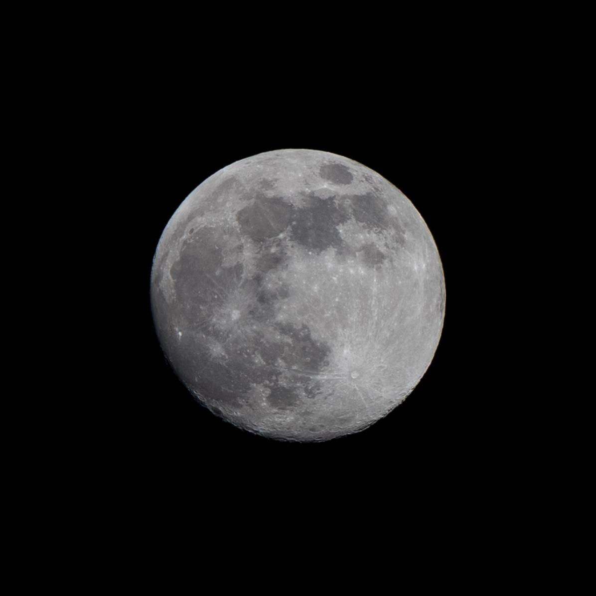 Dag 29 vanaf volle maan. 19-03-2019 Tijdstip 21.44 Maanopkomst 16.40 Maanondergang 06.27 (Maan 29) Muzieknummer van dag 29: Stregata dalla luna' , soundtrack van de film 'Moonstruck'. Marieke Fernhout, dank je wel voor het aanleveren! Alle nummers zijn te beluisteren via: de Moonsongs-playlist: https://open.spotify.com/playlist/4som6hoVBAn8mI5Jabtm2o