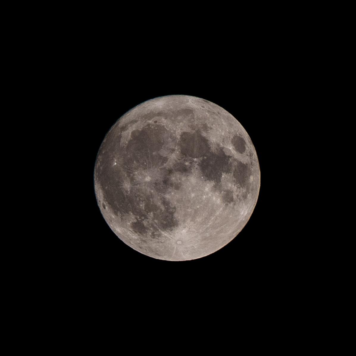 Dag 30 vanaf volle maan. 13-09-2019 Tijdstip 22.10 Maanopkomst 20.16 Maanondergang 05.57 Muzieknummer van dag 30: Dolly Parton, the moon, the stars and me Annemarie Joziasse, dank je wel voor het aanleveren! Alle nummers zijn te beluisteren via: de Moonsongs-playlist: https://open.spotify.com/playlist/4som6hoVBAn8mI5Jabtm2o