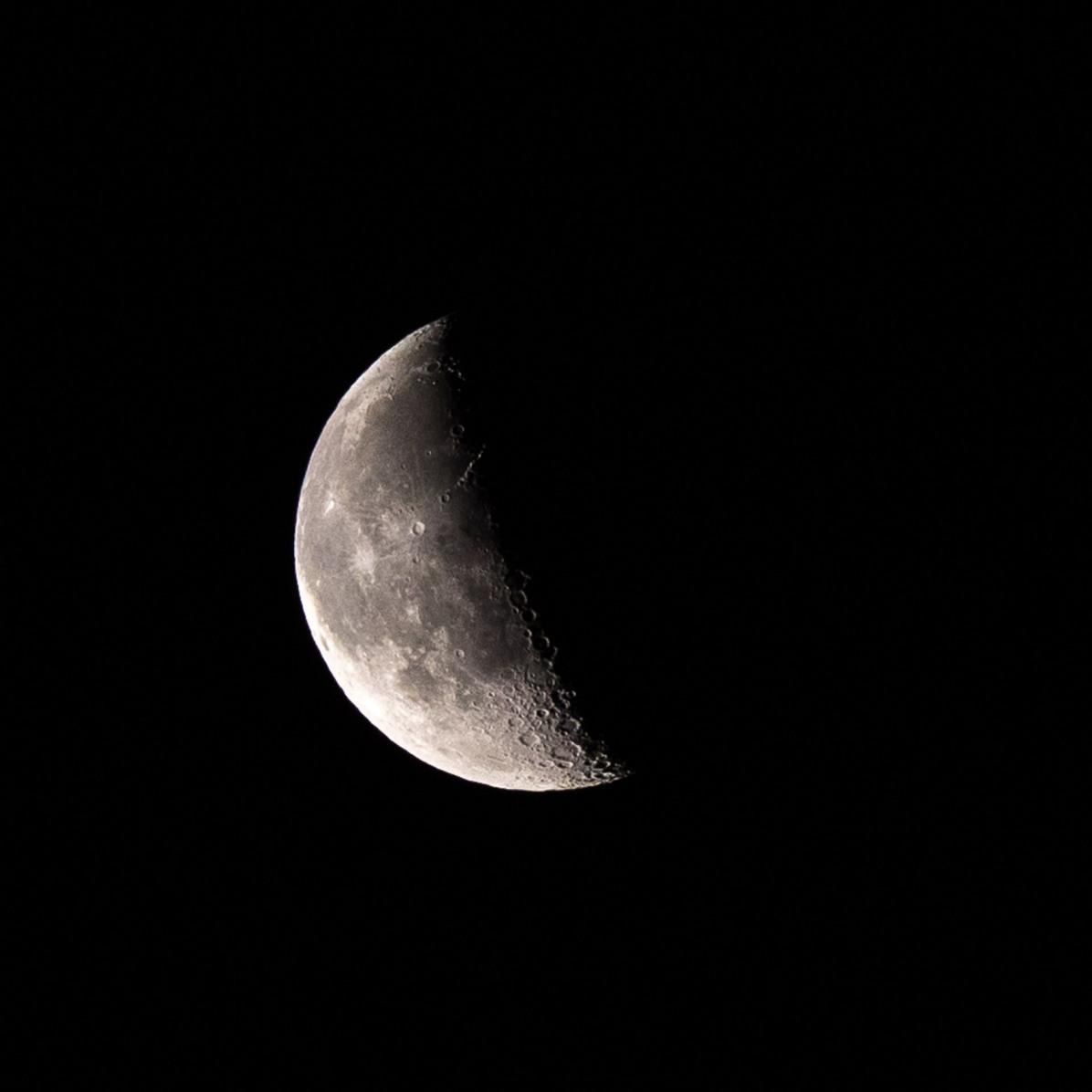 Laatste kwartier, dag 8 vanaf volle maan. 27-02-2019 Tijdstip: 5.47 uur Maanopkomst 2.58 Maanondergang 11.37 (Maan 8)